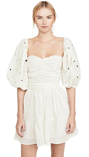 度假白色短洋裝