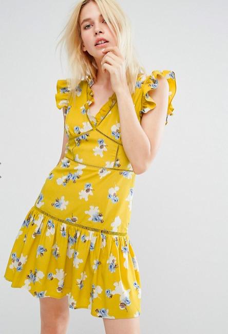 最近好想買黃色,也許受到貝兒影響