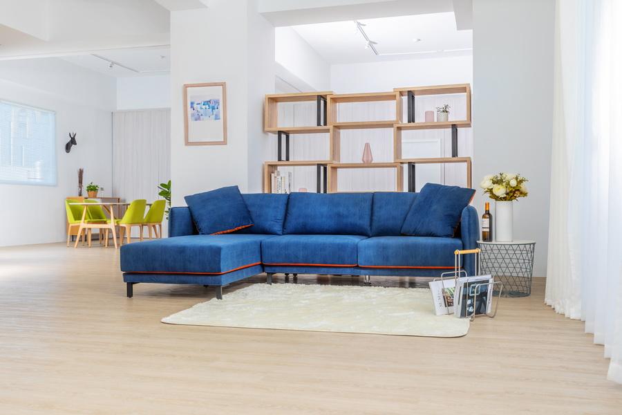 適合慵懶小家庭的L型沙發