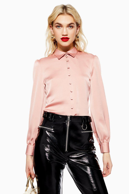 上班適用:粉色絲質襯衫