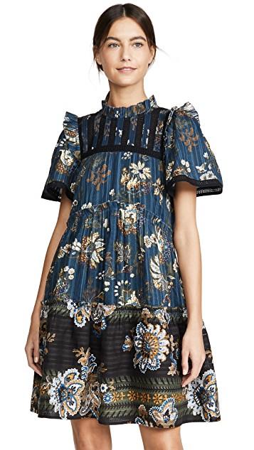 最近想買:復古印花短洋裝