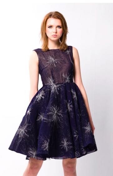 刺繡小禮服
